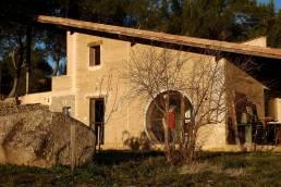 Atelier de luthier en pisé, Valflaunes (Hérault)