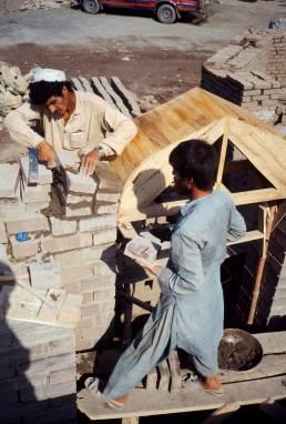 Formation de réfugiés Afghans au Pakistan. BMTRC
